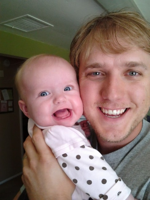 emma-smiling-with-daddy